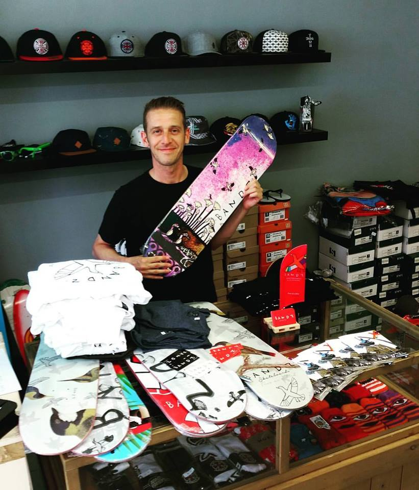 Picture of No Comply Skateboard Shop